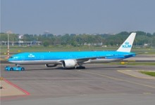 "KLM doopt de PH-BVG ""Wolong Nationaal Park"""